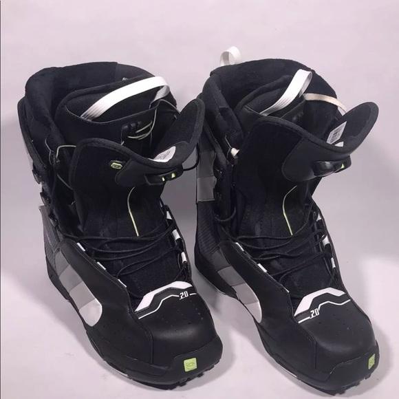 bd2b57b8f219 Salomon Fusion 20 Snowboard boots SZ 12. M 5b481a882beb79e1a0a4bb61